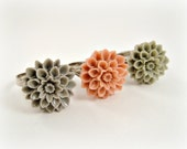 Flower Ring, Pick Your Color, Gray, Pink Cabochon, Chrysanthemum