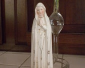 our lady of fatima, religious vintage figurine, 6 inches