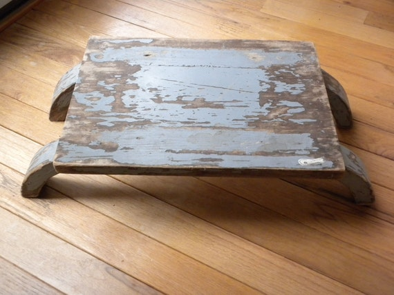 primitive foot stool, wooden foot stool, curved legs, home decorating