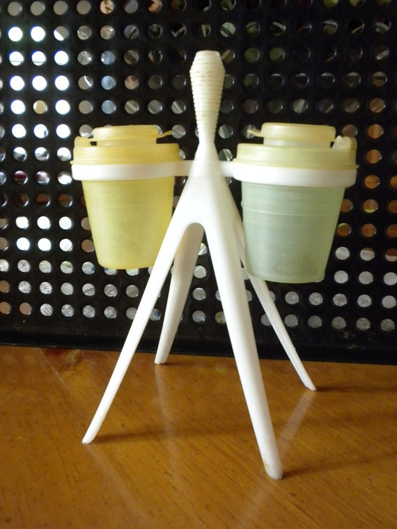 Super cool tupperware salt and pepper and toothpick holder, 50's