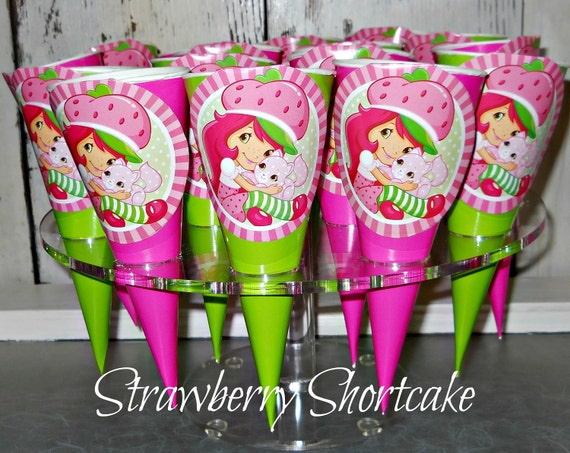 RESERVED listing for juanesha2011 Strawberry Shortcake Paper Cones (25 count)