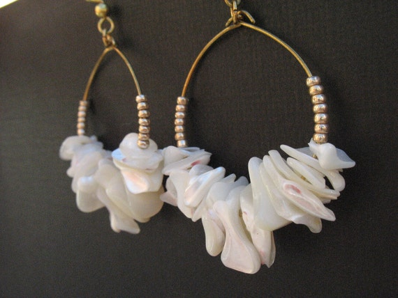 QUEEN LILIUOKALANI-Pearly Irridescent Ivory Shell and Gold Seed Bead Beach Gypsy Dangling Island Beauty Hoop Earrings