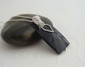 Black gemstone necklace - Galante. Sterling silver necklace with silver reversible wire wrapped black pendant