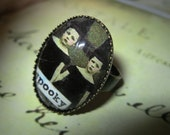 Spooky Twins ring - just very cute, sweet little witches
