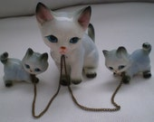 Vintage 1950s Cat and Her Two Kittens - Vintage Porcelain Figurines Enchained