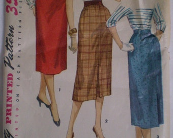 "Vintage 50s Pencil Skirt Pattern Simplicity 1345 Variation Styles Simple to Make 4 Pieces  Waist 24"" Hip 33"""