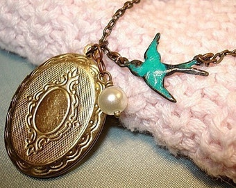 Blue Bird Locket Necklace Bridesmaid Jewelry Bird Jewelry Vintage Style Brass Locket and Pearl Necklace Bridesmaid Locket