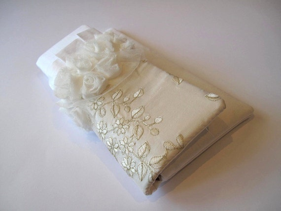 Ivory embroidered silk dupioni, ivory rosette detail - CHARLIE clutch
