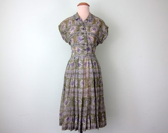 40s dress / lavender & mint floral cotton print fitted waist (xs - s)