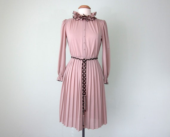 70s ruffle collar belted dress (s - m)