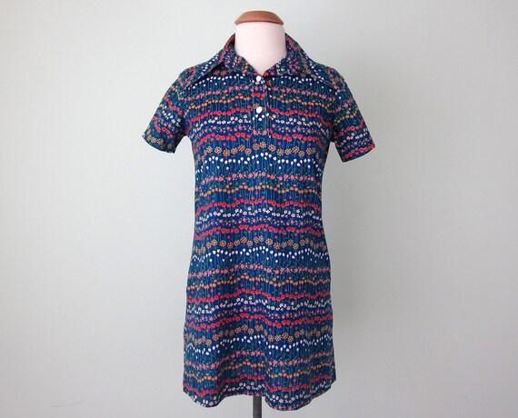 70s dress / blue floral mini (s - m)