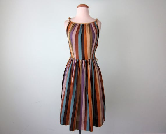 50s dress / striped cotton sundress sleeveless fitted waist (xs - s)
