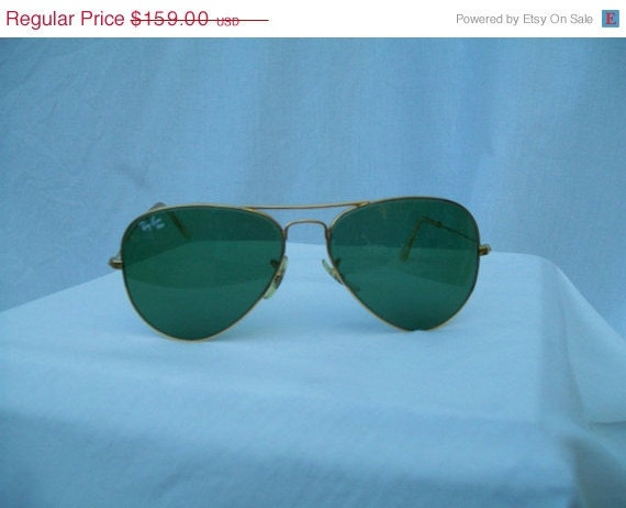 RESERVED for Paul  40% off Sale 70s 80s Mens or Ladies Genuine B&L RAYBAN Aviator Sunglasses Green Lens