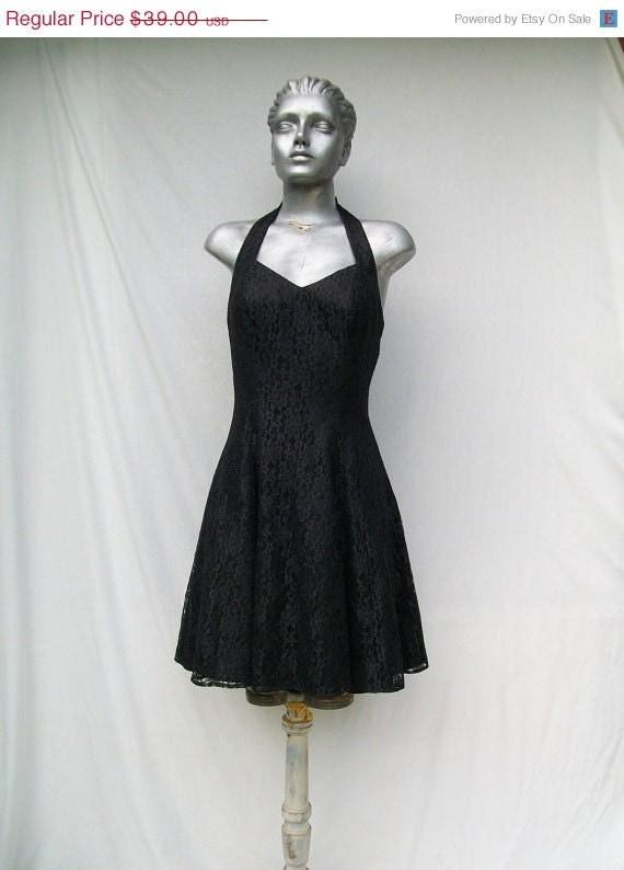 40% off Sale 80s Black Lace Halter Dress Mini size Small