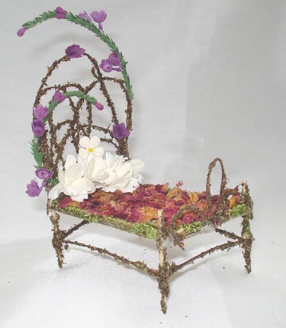 Ooak pixie bear fairy bed miniature furniture sculpt for Fairytale beds