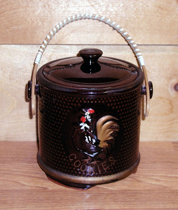 Vintage Cookie Jar Rooster Wicker Handle Petit Ceramic Brown Hobnail Texture Petite CrabbyCats Crabby Cats