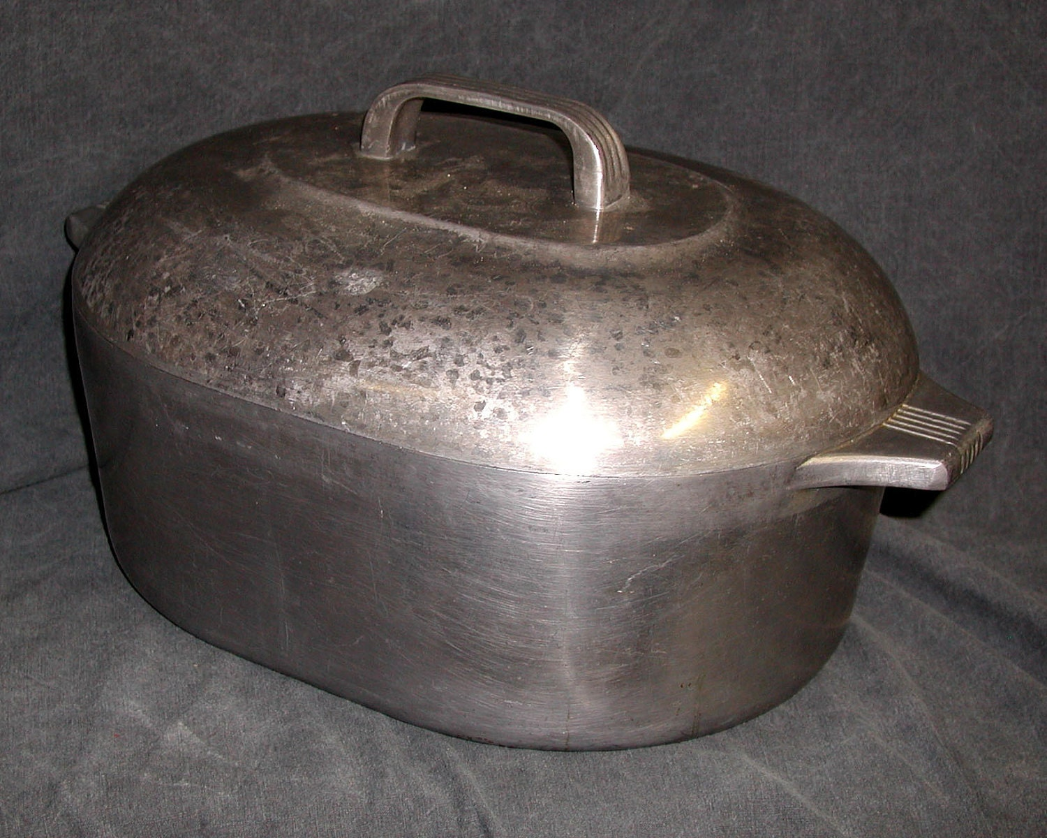 Magnalite Roaster Aluminum 8 Quart Dutch Oven Cooking Pot