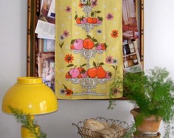 FRUITS Linen Towel 1 of 2