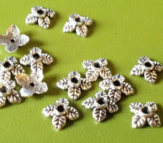 Tibetan Silver Flower Bead Caps 6x6mm (25)