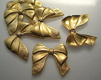 6 brass bow charms