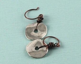 Silver disc earrings - copper wire wrapped earrings