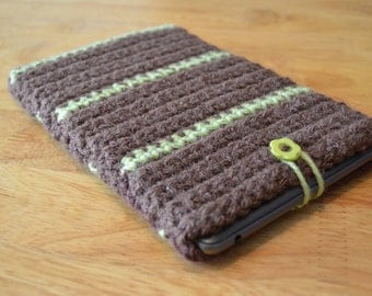 Sleeve for Nook/Kindle Ereader - Chocolate, and Sweetpea Green Stripes