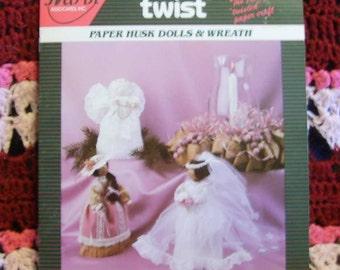 Creative Twist - Paper Husk Dolls and Wreath 1987