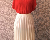 Vintage Cream Pleated Skirt UK 12 US 8 Eur 40
