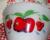 Vintage Fireking  Mixing Bowl Cherries Apples Vintage large 50s ecs
