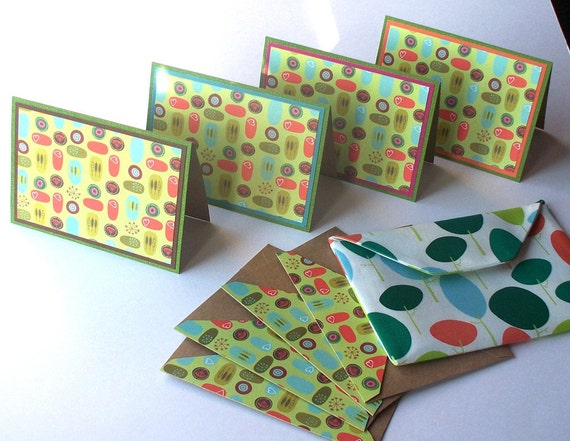 Notecard Set:  4 Blank Eco-Friendly Notecards with Matching Embellished Envelopes, Packaged in a Fabric Envelope - Funky Nature