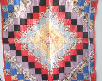 QUILT TOP HANDMADE- vintage 1940s, doll or baby quilt top, shabby chic