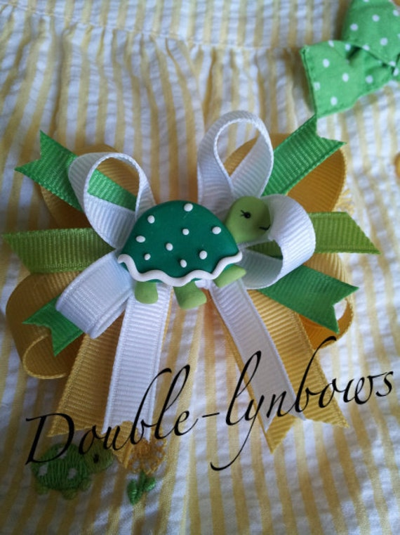 Daisy Turtles Hairbow Toddler bow M2M Gymboree from Double-lynbows