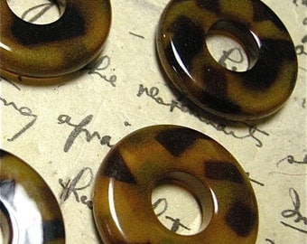 Resin Donuts 25mm with a Opaque Tortoise Pattern ( 4 )