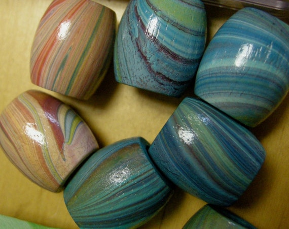 Vintage Wood Barrel Beads with Marbleized Finish 22x19mm (7)