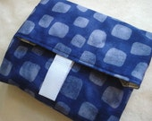 blue blocks print reuseable lunch wrap