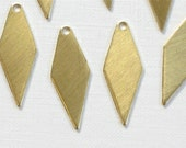 20 DIAMOND drops jewelry charms. 22mm x 9mm (S34).