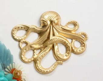 1 Large brass OCTOPUS jewelry pendant embellishment 65mm x 53mm (ST7).