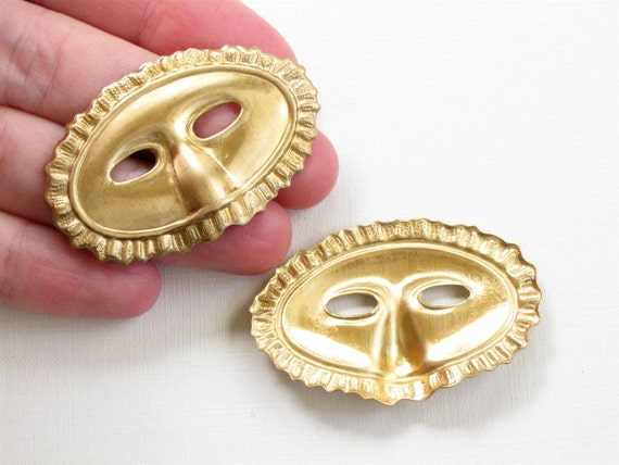 3 large Masquerade MASK jewelry embellishments . 31mm x 47mm (S1)