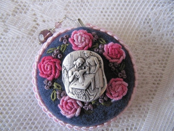 Retractable Tape Measure - Hand embroidered flowers with Mother and daughter button