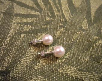 Swarovski pearl earrings, Bridesmaid Earrings, bridal earrings, Pearl stud