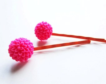 Tangerine orange fuchsia chrysanthemum bobby pins. Bright flower hairpin set.