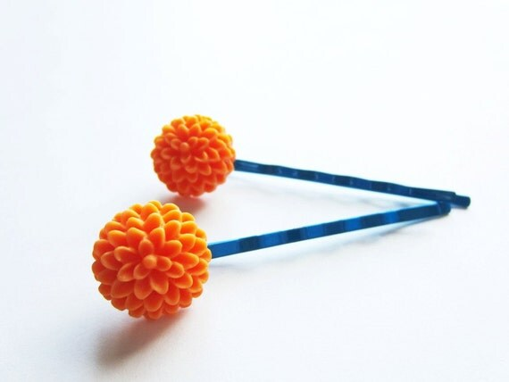 Cobalt blue tangerine orange chrysanthemum bobby pins. Bright flower hairpin set.
