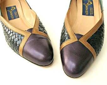 Vintage 1980's shoes. Leather pumps handcrafted in Italy by Joel Parker. US size 6 1/2 AA narrow.