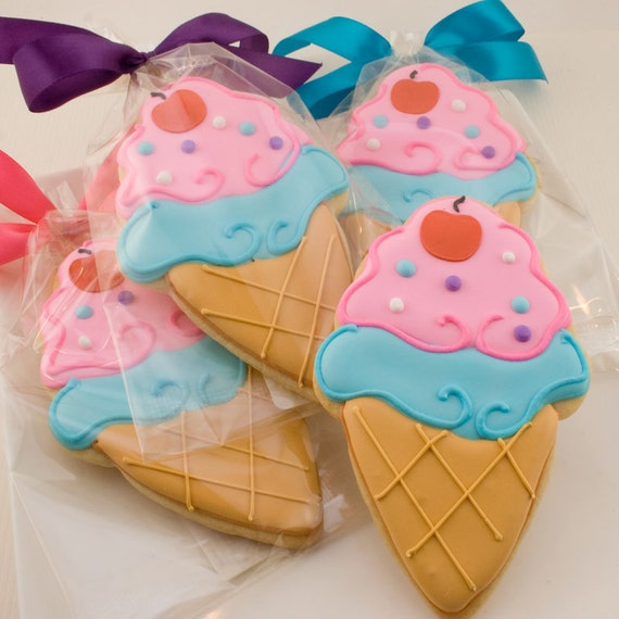 Ice Cream Cookies (12 decorated favors, bagged & bowed)