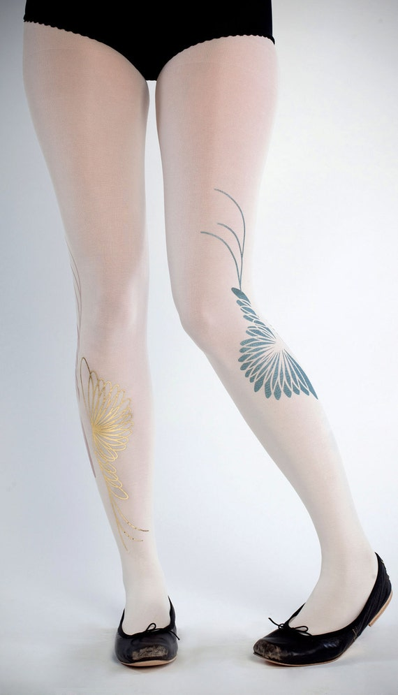 NEW--- Yin Yang tights, green & gold on off-white, one size, Harmony collection