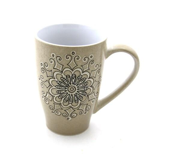 CIJ Sale Christmas in July Large Mug with freeform geometric mandela
