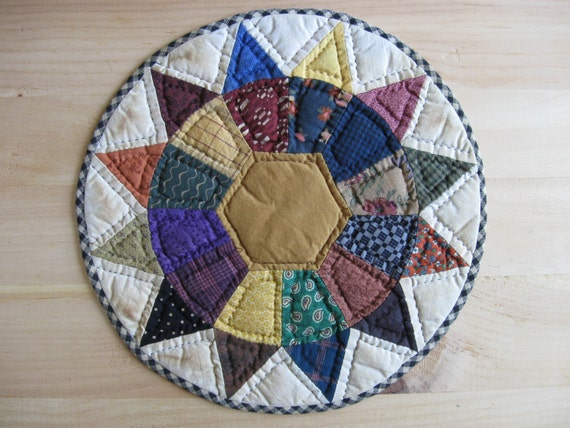Quilted Table Mat Candle Mat Quilted Table Topper Primitive Rustic Home Decor Country Decor Farmhouse Decor Kitchen Housewares