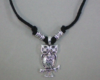 Necklace What A Hoot