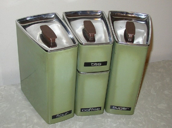 Retro Beautyware Avocado Green Canister Set by Lincoln