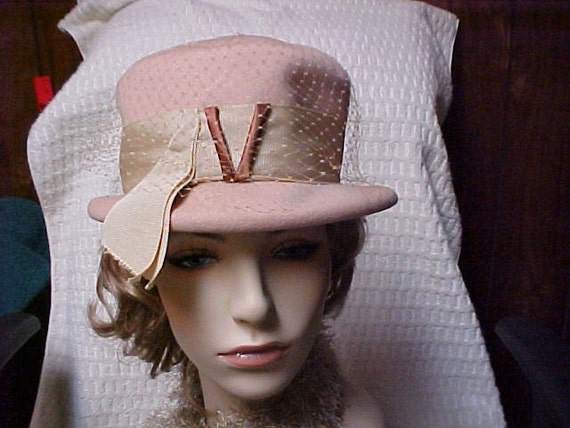 Reserved for Annabell:  Beige Henry Pollak vintage hat with wide gross grain ribbon